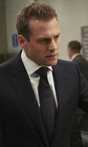 Suits - Season 6 Episode 4 - Turn