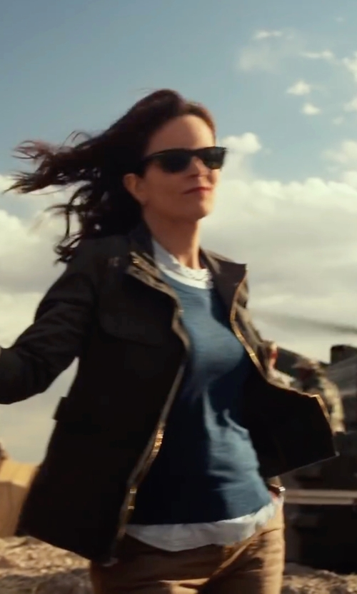 Tina Fey with Volcom Wild Wanderer Utility Jacket in Whiskey Tango Foxtrot