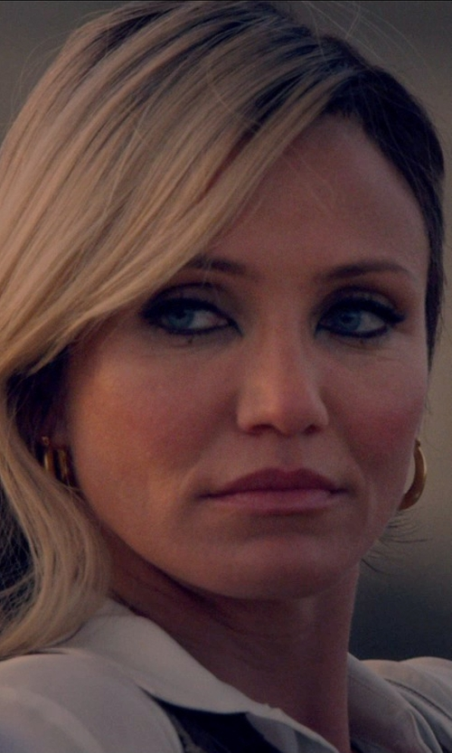 Cameron Diaz with Bloomingdales Yellow Gold Large Offset Hoop Earrings in The Counselor