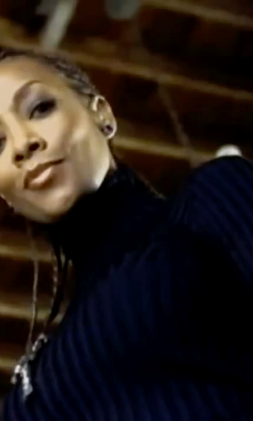 Vivica A. Fox with Sonoma Life + Style Ribbed Turtleneck Sweater in Kill Bill: Vol. 1