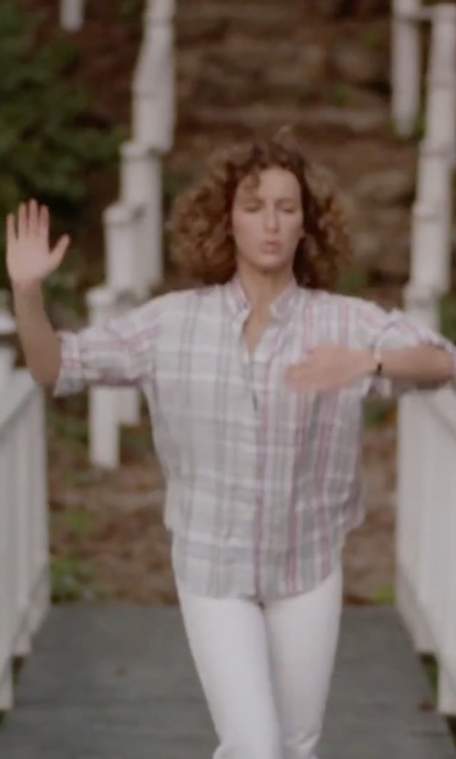 Jennifer Grey with Calvin Klein Jeans V-Neck Plaid Shirt in Dirty Dancing
