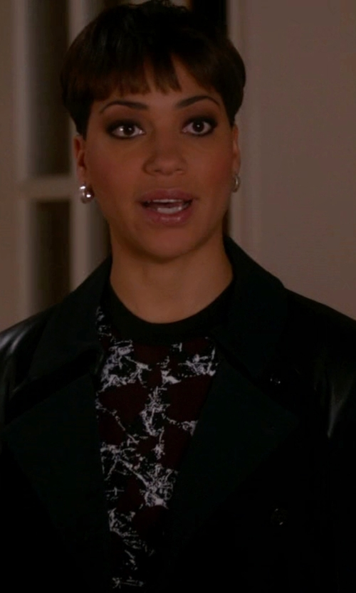 Cush Jumbo with Polo Ralph Lauren Leather Blazer in The Good Wife