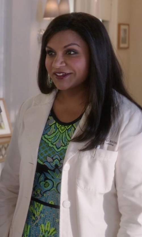 Mindy Kaling with Mary Katrantzou Intarsia Knitted Dress in The Mindy Project
