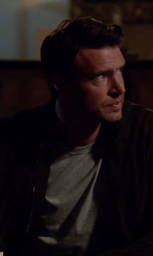 Scott Foley with Prana Gavin Full Zip Jacket in Scandal