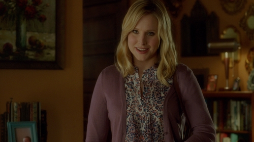 Kristen Bell with Nordstrom Collection Open-Front Cashmere Cardigan in The Boss