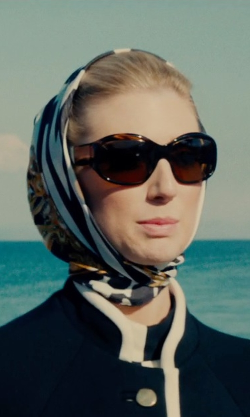 Elizabeth Debicki with BCBGMAXAZRIA Retro Sunglasses in The Man from U.N.C.L.E.