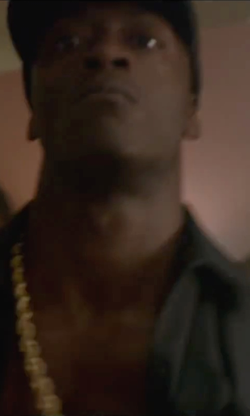 Aldis Hodge with Bling Cartel Gold Plated Rope Dookie Chain Necklace in Straight Outta Compton