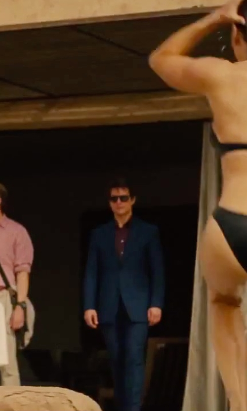 Tom Cruise with Armani Collezioni Lined Suit in Mission: Impossible - Rogue Nation