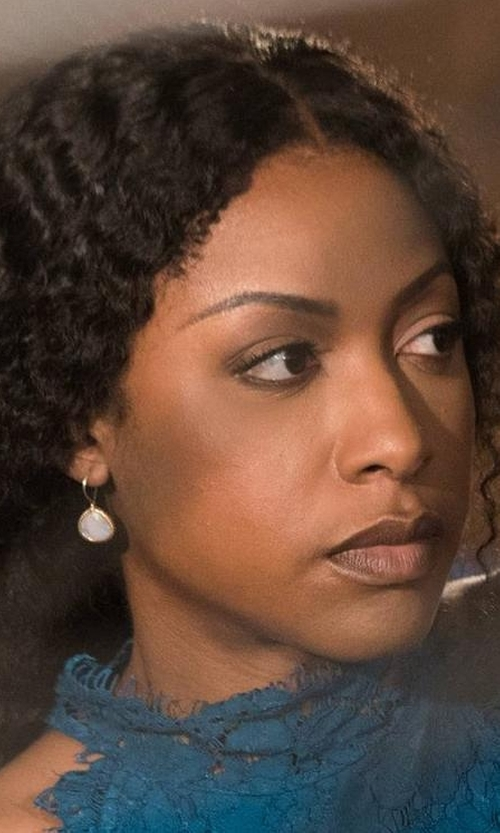 Gabrielle Dennis with Ippolita Small Teardrop Earrings in Rosewood