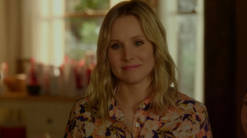 Kristen Bell with J.Crew The Perfect Shirt in The Boss