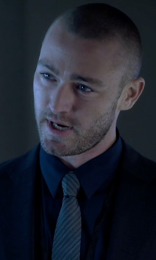 Jake McLaughlin with Armani Collezioni Thin Striped Silk Tie in Quantico