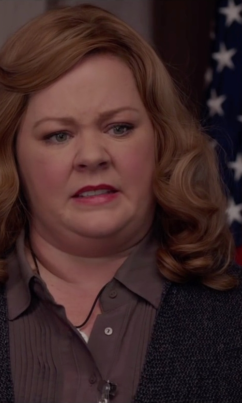 Melissa McCarthy with Get Lost Pleated Detailing Shirt in Spy