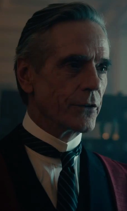 Jeremy Irons with Tom Ford Neat Diagonal-Stripe Silk Tie in Assassin's Creed