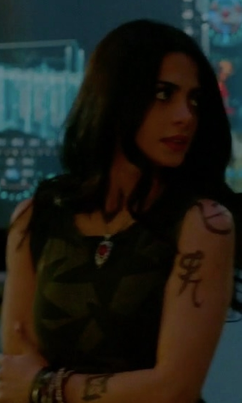 Emeraude Toubia with Current/Elliott Cotton Star-Print Muscle Tee in Shadowhunters
