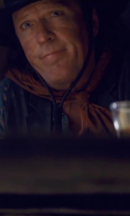 Michael Madsen with Alexander Mcqueen Skull Print Scarf in The Hateful Eight