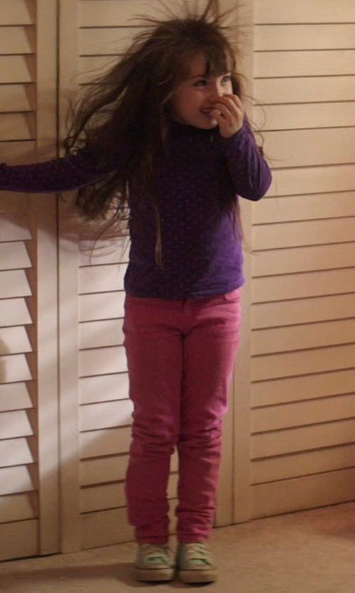 Kennedi Clements with Gap Kids 1969 Super Skinny Jeans - Bright Pink in Poltergeist