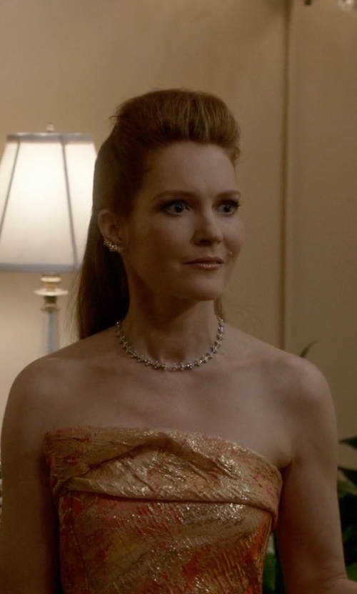 Darby Stanchfield with Tiffany & Co. Lynn Necklace in Scandal