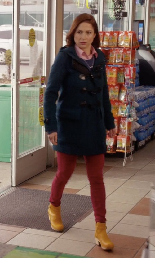 Ellie Kemper with Swedish Hasbeens Jodhpur Boots in Unbreakable Kimmy Schmidt