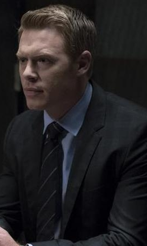 Diego Klattenhoff with Tom Ford O'connor Base Windowpane Two-Piece Suit in The Blacklist