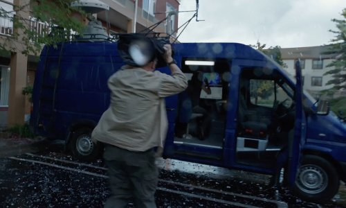 Mercedes-Benz Sprinter in Into the Storm