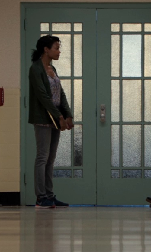 Naomie Harris with Sun 68 Knitted Cardigan in Southpaw