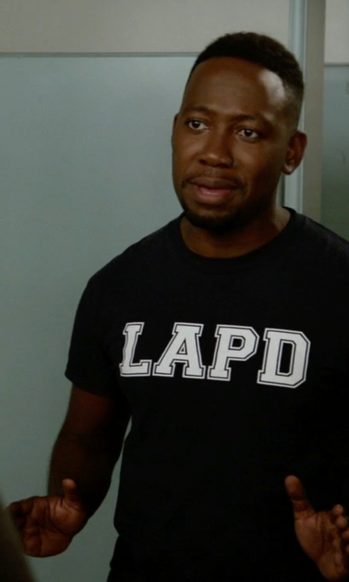 Lamorne Morris with AAA Los Angeles Police LAPD Law Enforcement T-Shirt in New Girl