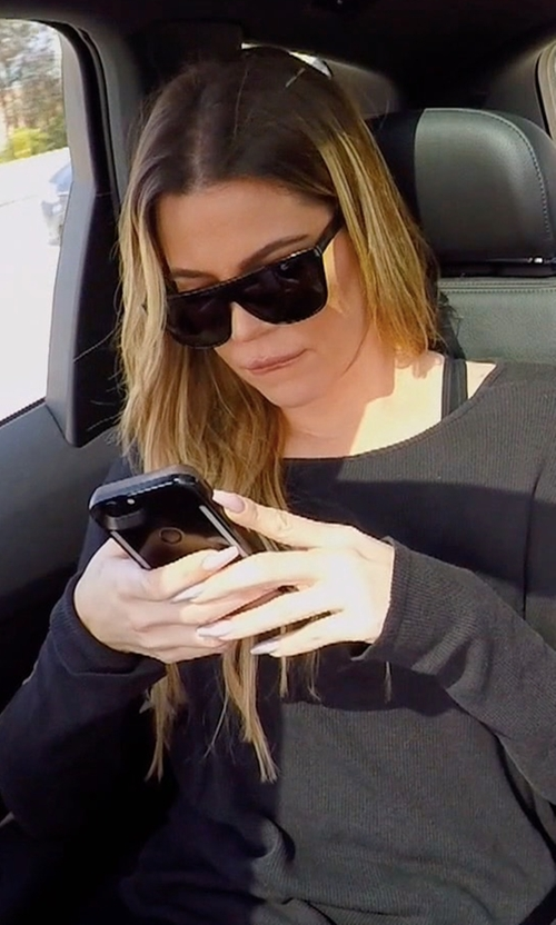 Khloe Kardashian with LuMee Duo Led Lighted iPhone Case in Keeping Up With The Kardashians