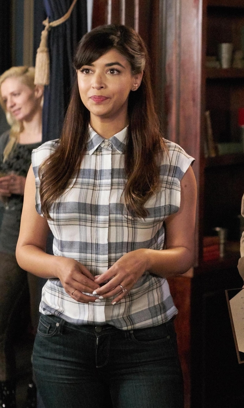 Hannah Simone with BlendShe Chiky Shirt in New Girl