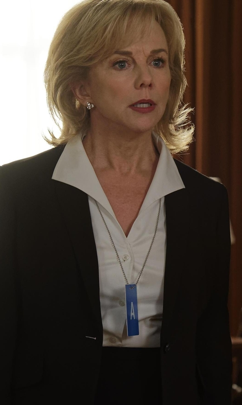 Linda Purl with Theory Etiennette Item Canvas Sport Jacket in Designated Survivor