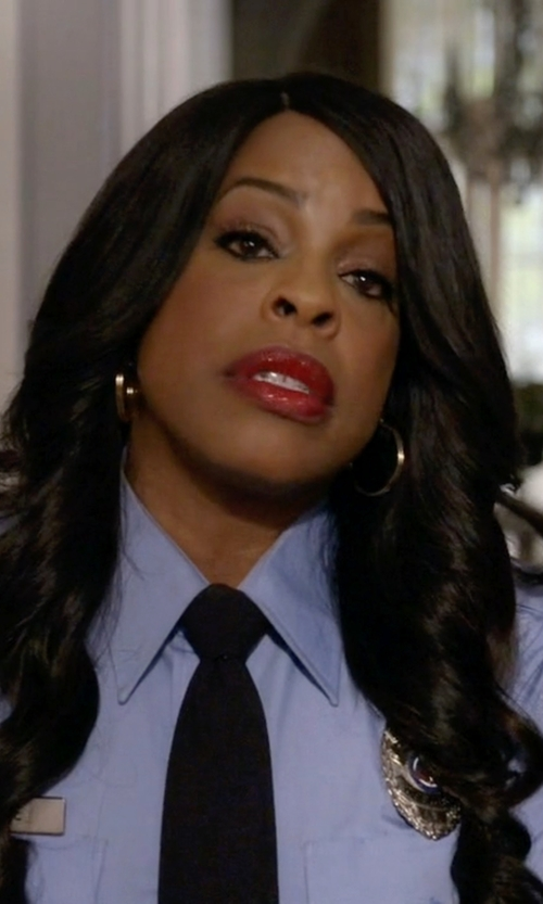 Niecy Nash with Galls Flying Cross Long Sleeve Poly Cotton in Scream Queens