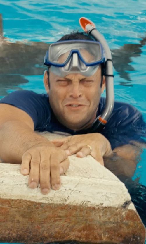 Vince Vaughn with Promate Snorkeling Gear in Couple's Retreat