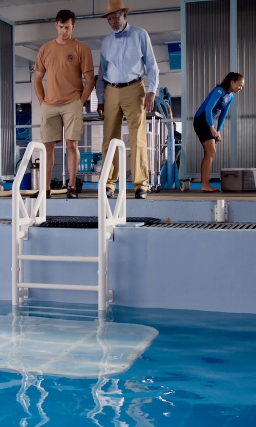 Morgan Freeman with Grown & Sewn Slim Fit 3-Ply Chinos in Dolphin Tale 2