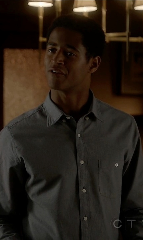 Alfred Enoch with Club Monaco Slim-Fit Double-Faced Cotton Shirt in How To Get Away With Murder