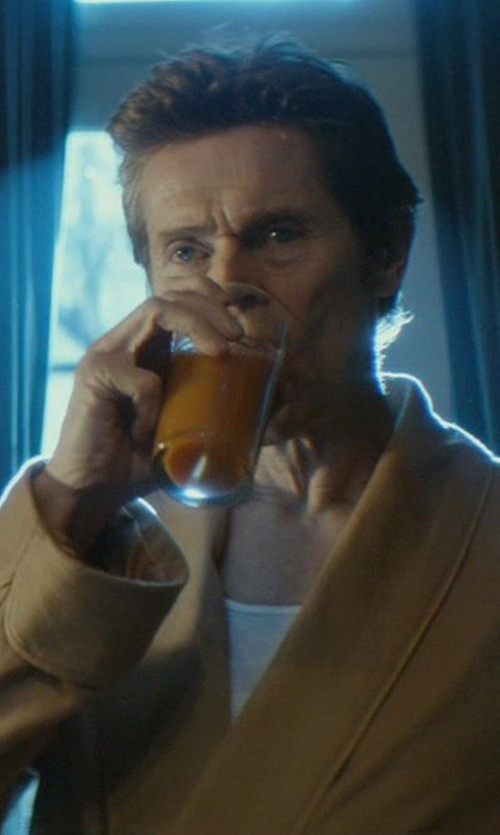 Willem Dafoe with William Yeoward Atalanta Highball Tumbler Glass in John Wick