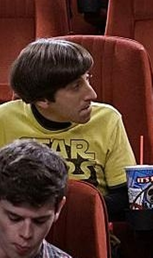 Simon Helberg with Off-Brand Star Wars C3PO & R2D2 T-Shirt in The Big Bang Theory