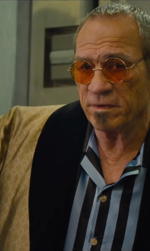 Tommy Lee Jones with Mr. Thai, Eastern Collection Authentic Thai Kimono- Large Dragon Robe in Mechanic: Resurrection