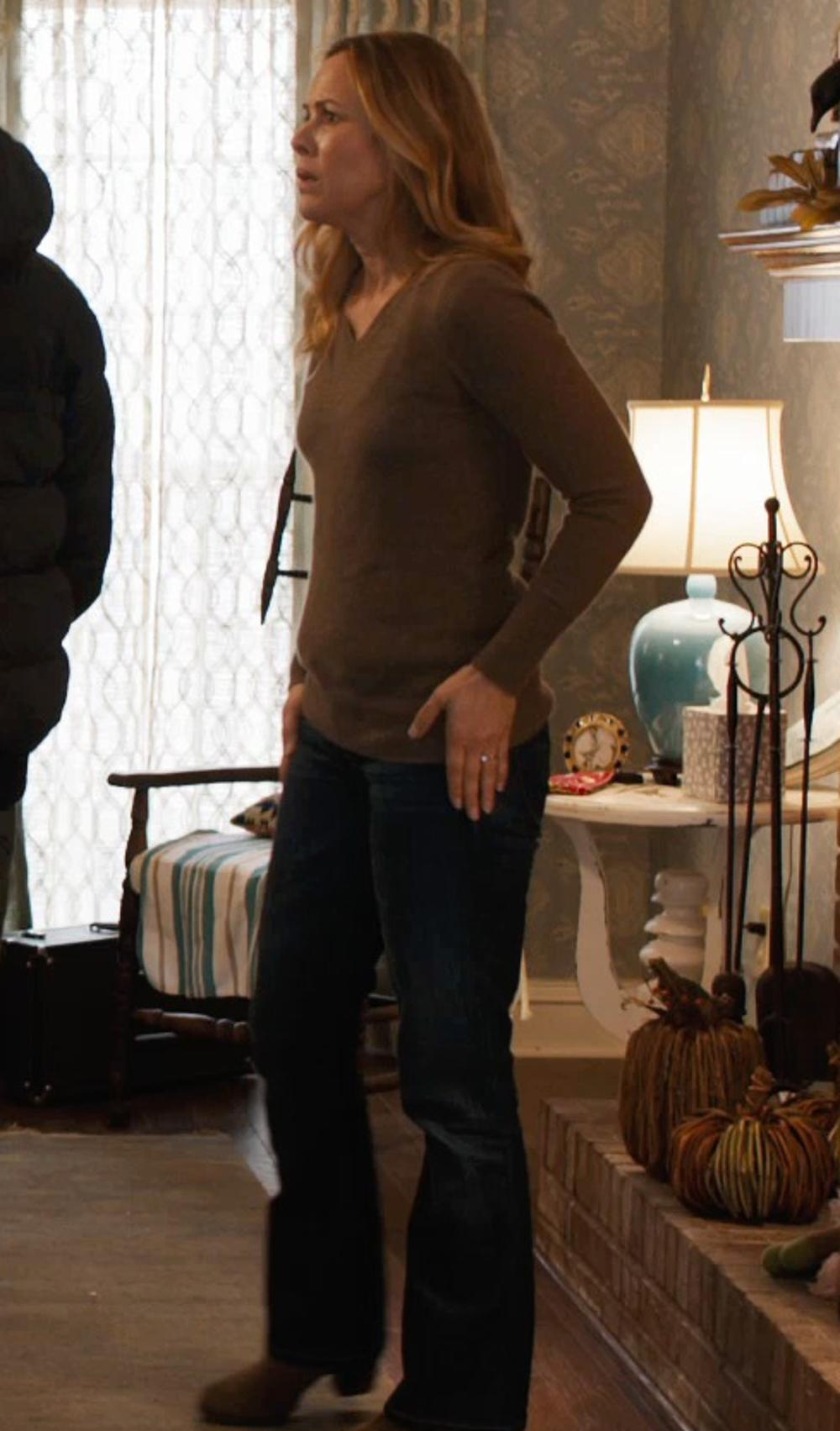 Maria Bello with M Missoni Denim Denim Pants in Prisoners