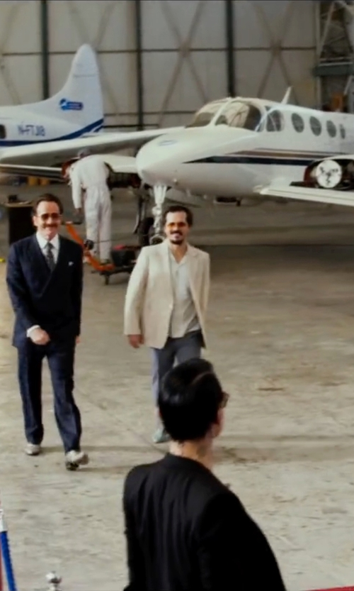 John Leguizamo with Tonello Single Breasted Blazer in The Infiltrator
