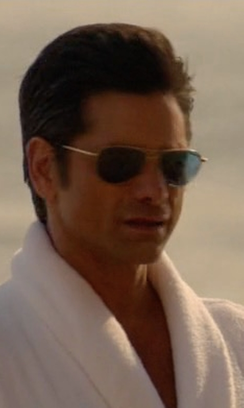 John Stamos with Giorgio Armani Pilot Sunglasses in Scream Queens