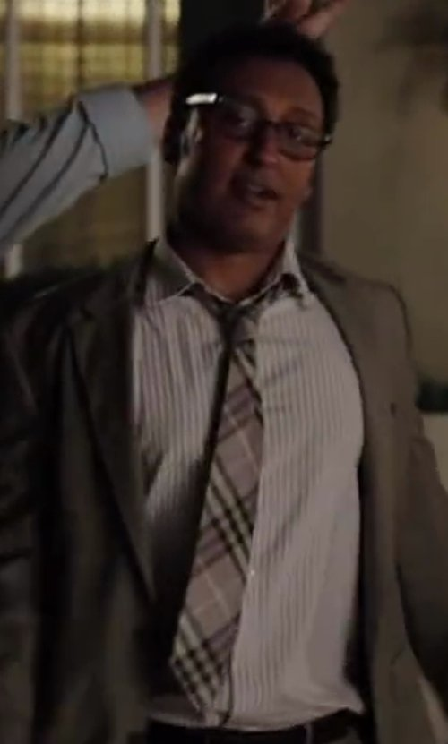 Aasif Mandvi with Burberry London Woven Silk Tie in Million Dollar Arm