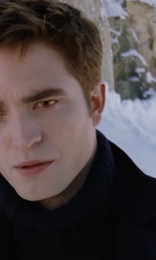 Robert Pattinson with Zerdocean Elastic Knitted Wool Sweater in The Twilight Saga: Breaking Dawn - Part 2