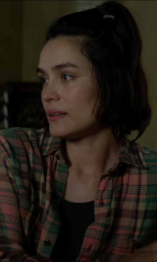 Shannyn Sossamon with James Perse Ribbed Tank Top in Sinister 2