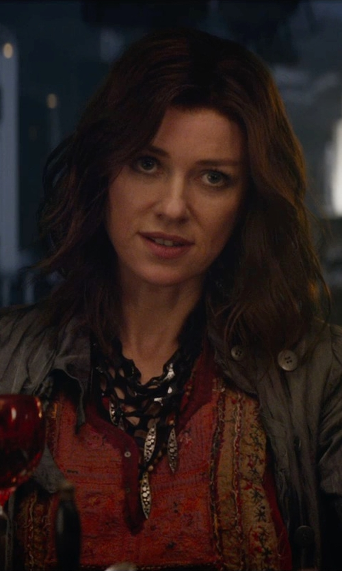 Naomi Watts with Jozica Beaded Bib Necklace in The Divergent Series: Insurgent