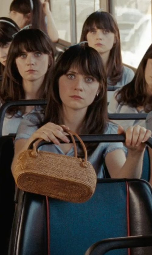 Zooey Deschanel with TLC Catherine Purse in (500) Days of Summer