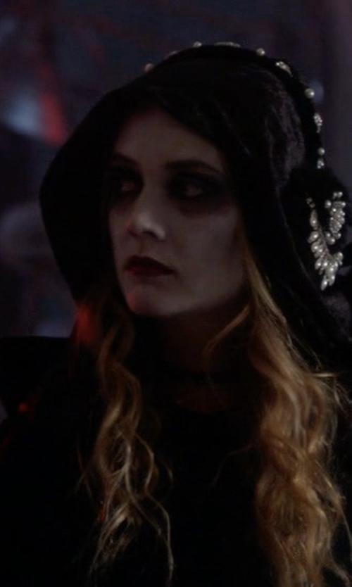 Billie Lourd with JoyVany Halloween Cloak in Scream Queens