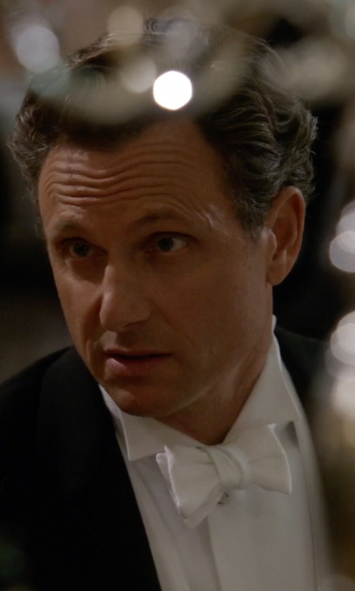 Tony Goldwyn with Turnbull & Asser Cotton Pique Bow Tie in Scandal