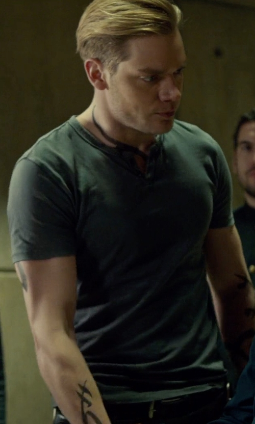 Dominic Sherwood with Vince Ribbed Short-Sleeve Wool-Silk Henley Shirt in Shadowhunters