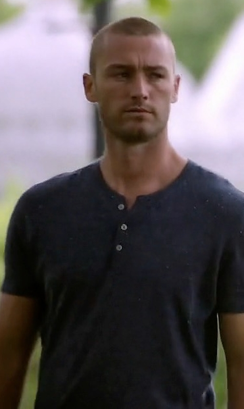 Jake McLaughlin with Vince Short-Sleeve Slub Henley Shirt in Quantico