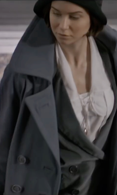 Katherine Waterston with Michael Kors Belted Double-Face Wool Wrap Coat in Fantastic Beasts and Where to Find Them