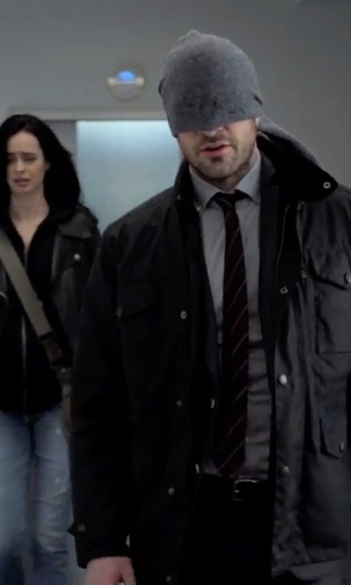 Charlie Cox with Wyatt Seed Knit Wool Blend Minerva Infinity Scarf in Marvel's The Defenders